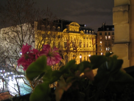 tr-par2-View-from-our-apartment-in-the-Marais