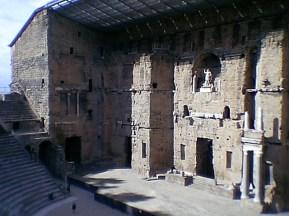 tr-prov17-Ancient-Theatre-of-Orange