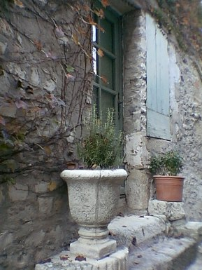 tr-prov5-Provence-Doorway