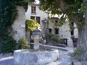 tr-prov6-Peaceful-Fountain