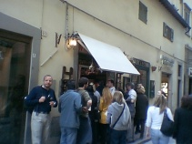 Enjoying wine as the Florentines do in the streets of Firenze
